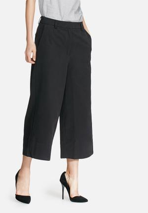 Selected Femme Lolly Wide Culottes Trousers Black