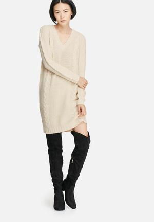 VILA Riva Cable Knit Dress Casual Beige