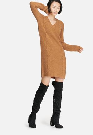 VILA Riva Cable Knit Dress Casual Tan