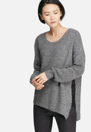 VILA Matcha Asymmetric Knit Knitwear Grey