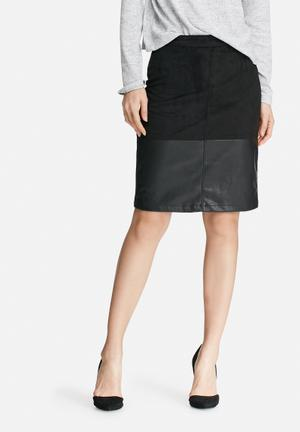 VILA Wase Skirt Black