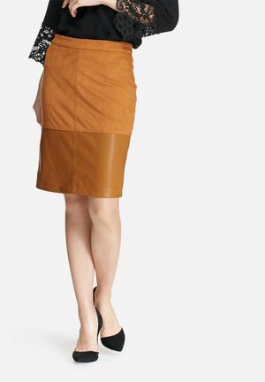 VILA Wase Skirt Tan