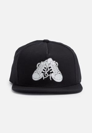 Adidas Originals Superstar Snapback Headwear Black & White