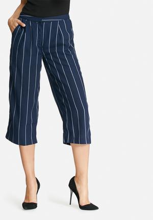 Y.A.S Heim Cropped Pants Trousers Navy