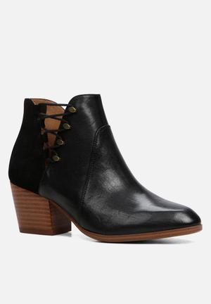 ALDO Montasico Boots Black