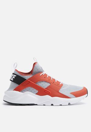 Nike Air Huarache Run Ultra Sneakers Max Orange / Wolf Grey