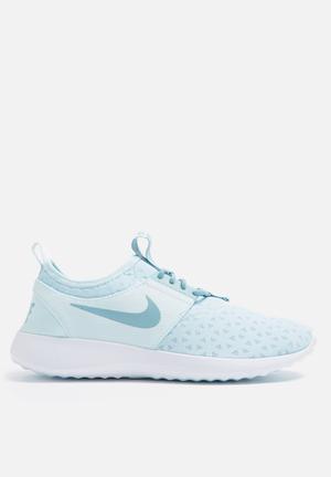 Nike W Juvenate Sneakers Glacier Blue / Mica Blue
