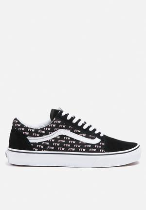Vans Old Skool Valentine Sayings Sneakers Black