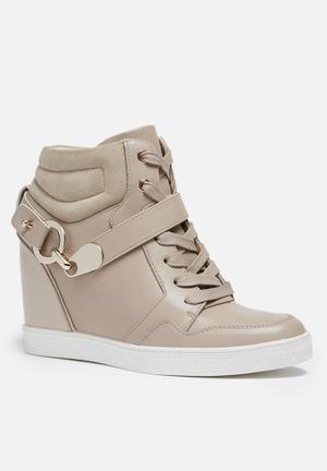 ALDO Vollaro Sneakers Nude