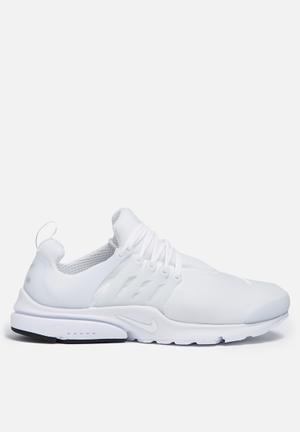 Nike Nike Air Presto ESS Sneakers White / White