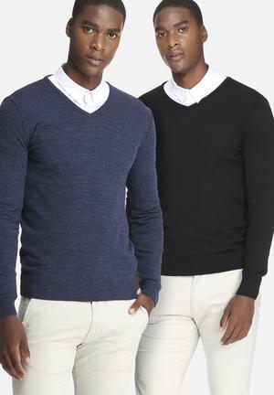 Basicthread 2 Pack Basic V-neck Pullover Knitwear Black & Blue