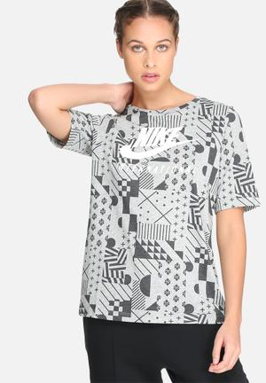 Nike International Signal Tee T-Shirts Grey