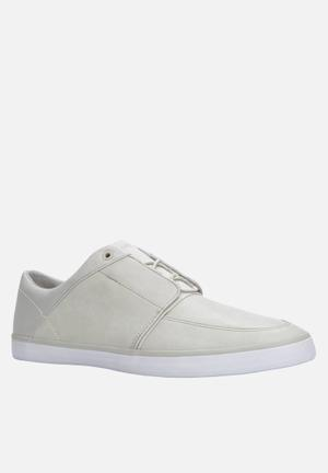 Call It Spring Pawla Sneakers White