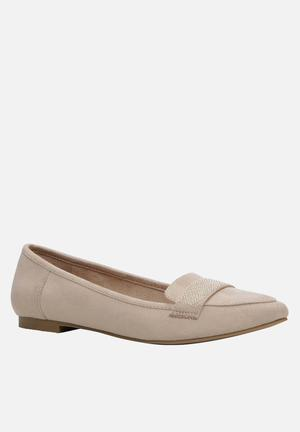 Call It Spring Onelle Pumps & Flats Nude