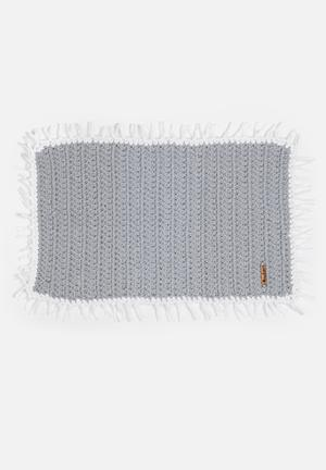 Sew Hooked Tassel Mat Bath Accessories Aghetti T-shirt Yarn