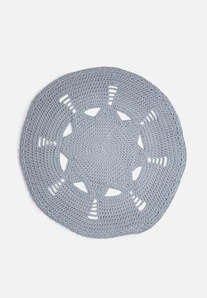 Off The Hook Star Doily Rug 100% Cotton Yarn