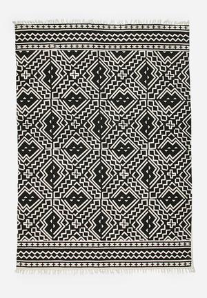 Sixth Floor Araku Cotton Rug  100% Cotton
