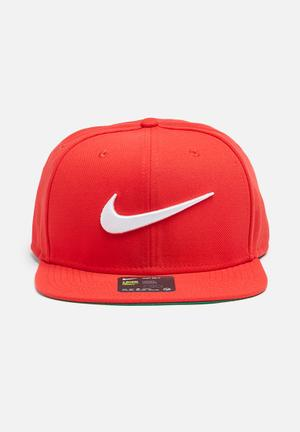 Nike Swoosh Pro Headwear Red & Green