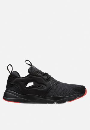 Reebok Furylite Sneakers Black/Gravel/Fire Coral