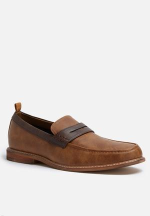 Call It Spring Calewet Formal Shoes Tan