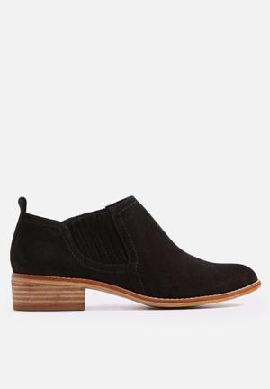 ALDO Luzzena Boots Black