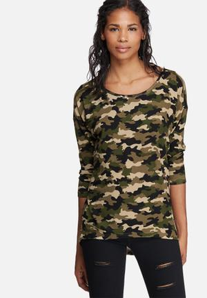 ONLY Elcos Camo Top T-Shirts, Vests & Camis Green, Black & Beige