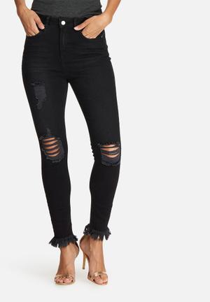 Missguided Sinner Highwaisted Frayed Hem Skinny Jeans Black