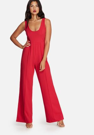 Missguided Crepe Scoop Neck Jumpsuit Red