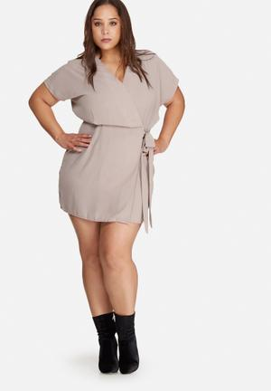 Missguided Plus Size Kimono Sleeve Wrap Dress Light Brown
