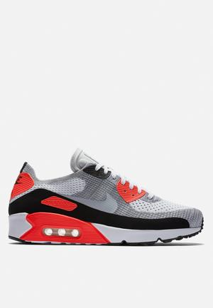 Nike Air Max 90 Ultra 2.0 Flyknit OG Sneakers White / Wolf Grey / Bright Crimson / Black