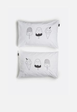 Hello Dolly Ice Cream Pattern Pillowcase Set Of 2 Bedding 100% Cotton