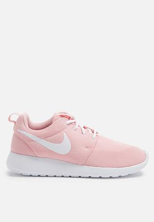 Nike Roshe One Sneakers Sheen / White