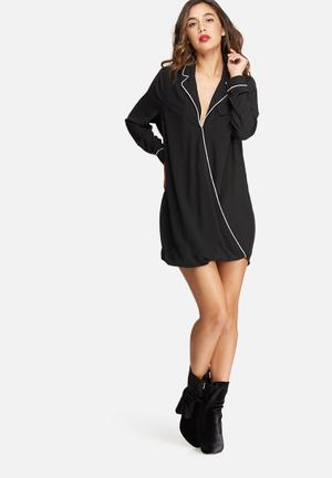 Missguided Contrast Pyjama Wrap Front Dress Casual Black & White
