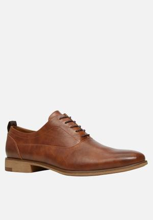 Call It Spring Casiglia Formal Shoes Tan