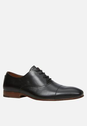 Call It Spring Cerasen Formal Shoes Black