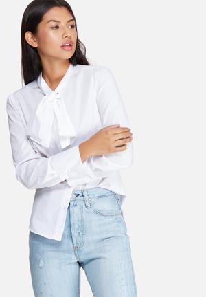 Dailyfriday Kitty Bow Shirt White