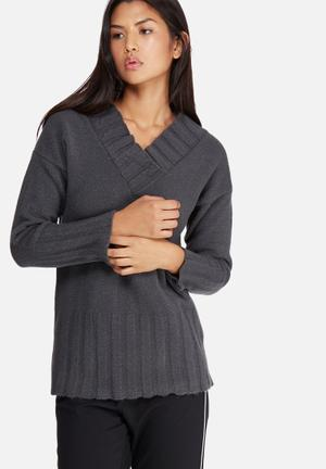 Dailyfriday Soft Touch Slouchy V-neck Knit Knitwear Grey