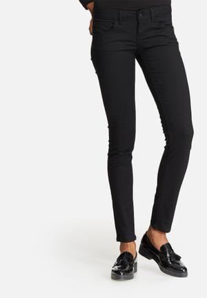 ONLY Lucia Push-up Skinny Jeans Black