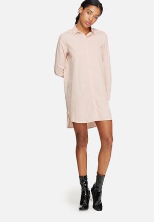 ONLY Anna Long Oversize Shirt Peach