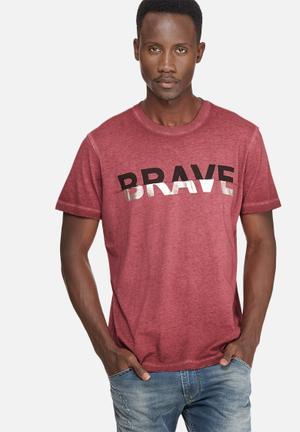 Diesel  T-joe Tee T-Shirts & Vests Burgundy, Black & Silver