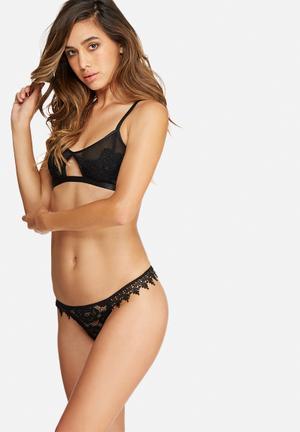 Glamorous Batwing Lace Thong Panties Black