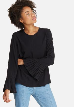 Dailyfriday Pleat Front Blouse Black