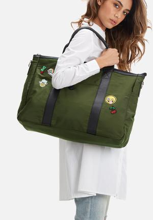 Pieces Dolly Weekend Bag Olive