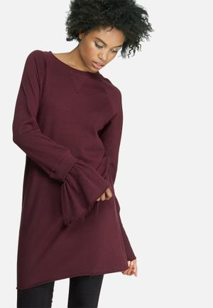 Missguided Rib Detail Flared Cuff Sweat Dress Casual Burgundy