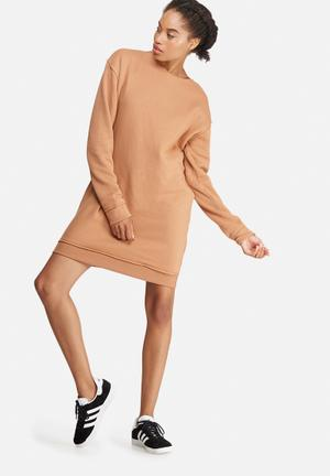 Missguided Raw Edge Oversized Sweat Dress Casual Camel