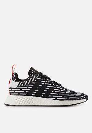 Adidas Originals NMD_R2 Primeknit Sneakers Core Black / Ftw White