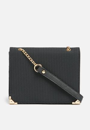 Call It Spring Elrooria Bags & Purses Black