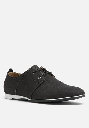 Call It Spring Qyssa Formal Shoes Black