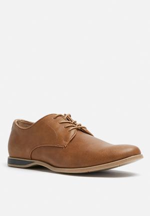 Call It Spring Martre Formal Shoes Brown