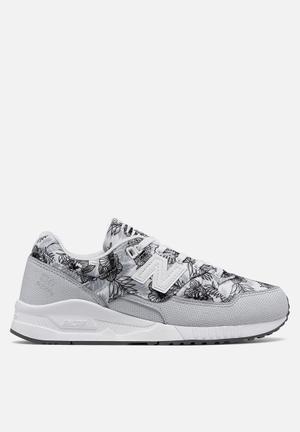 New Balance  W530TCB Sneakers Grey / White